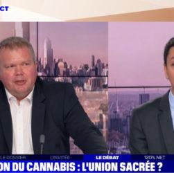 Jean-Baptiste Moreau et Othman Nasrou sur le plateau de BFM TV pour le débat sur la légalisation du cannabis récréatif